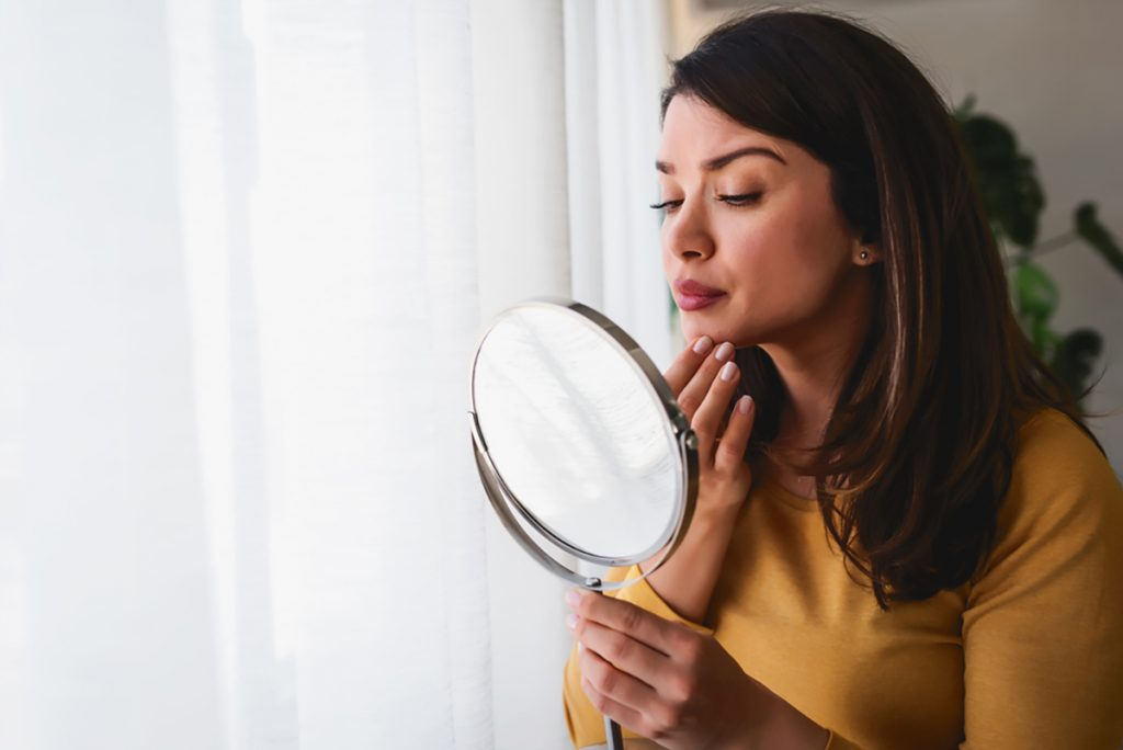 We listed Rejuvenating Anti-Aging Foods to answer your questions such as What are Anti-Aging Foods ? or How Can I Look Younger ?  Which Anti-Aging Diet Is Best To Look Younger ?