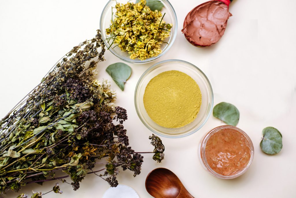 DIY Moisturizing Homemade Face Mask Recipes For Dry Skin   Chamomile Clay