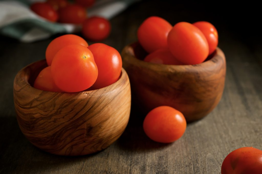 Best Rejuvenating Anti-Aging Veggies For Women : TOMATOES