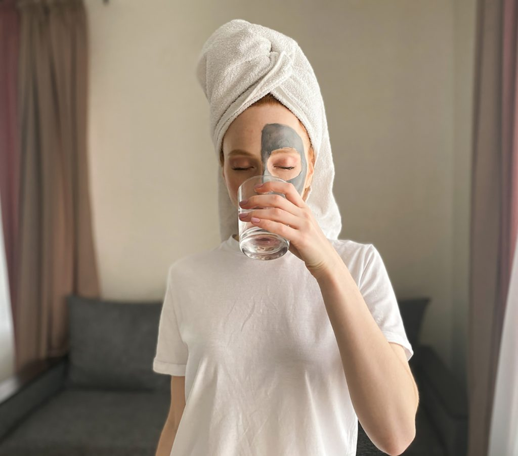 DIY Moisturizing Homemade Face Mask Recipes For Dry Skin   Drink Water